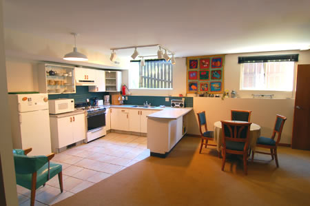 The Bear's Den Guesthouse has a clean, fully equipped kitchen